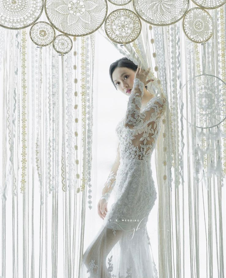 Light Wedding Gown 10